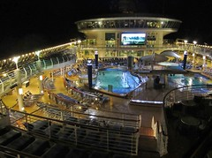 Explorer of the Seas - Pacific Coastal Cruise (Jasperdo) Tags: exploreroftheseas royalcaribbean cruise cruising cruiseship pool vikingcrownlounge night nightshot