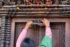 DS1A5856dxo (irishmick.com) Tags: nepal kathmandu 2015 lalitpur patan kumbheshwor temple bangalamukhi fire cermony