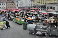 Dolac (roksoslav) Tags: zagreb croatia 2016 dolac market tržnica plac nikon d7000 nikkor28mmf35