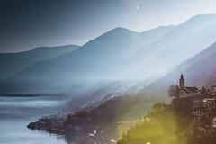 Ronco s/Ascona (mbeo) Tags: mbeo ascona roncosopraascona inverno controsole chiesa lago fumo winter church lake smoke