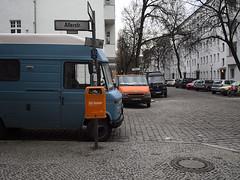 Schillerkiez_e-m10_1001298995-1 (Torben*) Tags: rawtherapee olympusomdem10 olympusm17mmf18 berlin neukoelln schillerkiez allerstrasse lichtenraderstrasse gibgummi orange