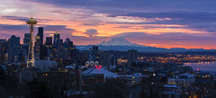 Sunrise in Seattle (Sveta Imnadze) Tags: cityscape downtown citycenter seattle wa sunrise