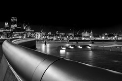 Dark London (Fabien Georget (fg photographe)) Tags: city longexposure elitephotographie water supershot supershotaward sunrise theworldthroughmyeyes sky shot elitephotography elmundopormontera landscape winter dark poselongue london beautiful canoneos600d fabiengeorget bigfave beautifulearth canon blackandwhite bw noiretblanc cloudsstromssunsetandsunrise flickrdepot mordudephoto cloud flicker flickrunitedaward flickr greatphotographer geotagging georget fgphotographe londres parlement paysage asbeautifulasyouwant eau monochrome