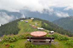 Take a breath! (seyhan.ahen) Tags: travel house nature forest view plateau villages blacksea karadeniz rize manzara blacksearegion travelphotography seyahat doa yaylalar pokut pokutyaylas