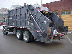01 Freightliner New Way Cobra ribbed body (Scott (tm242)) Tags: trash dumpster truck garbage side debris rear disposal front bin collection rubbish trucks fl waste refuse recycle loader removal recycling load hopper collect packer rl haul asl msl