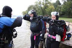 IMG_6510 (robert_hornung) Tags: woman men women explorer scuba diving hollis drysuit wetsuit rebreather tauchen divinggear kreisel tauchausrstung kreislaufgert