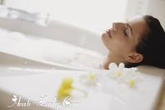 """3 طرق سهلة وصحية لتنظيف منطقة """" السرة """" (Arab.Lady) Tags: 3 طرق سهلة وصحية لتنظيف منطقة السرة"""