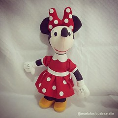 Minnie (mfuxiqueira) Tags: mickey minnie feltro disney personagensdisney festamickey felt decoraçãofesta