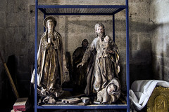 Awaiting restoration (ipomar47) Tags: imagen image imagenreligiosa religiousimage restauracion restoration pentax k20d