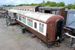 E5324 (R~P~M) Tags: uk greatbritain england train coach carriage unitedkingdom buckinghamshire railway bucks britishrail quaintonroad mk2a