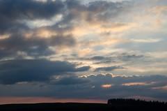 Lumire du soir sur l'Aubrac, Aveyron, Midi-Pyrnes (lyli12) Tags: france nature landscape soleil nikon lumire ciel nuage paysage coucherdesoleil aveyron aubrac midipyrnes d7000
