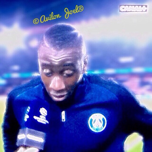 #matuidi #matuidicharo #psg #teampsg #psgreal #realmadrid #football #ball #pass #TagsForLikes.com #footballgame #footballseason #footballgames #footballplayer #instagood #pass #jersey #stadium #field #yards #photooftheday #yardline #pads #touchdown #TFLer