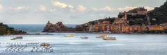 La Spezia - Portovenere (pajavi69) Tags: city sunset sea clouds landscape boats atardecer mar fishing mediterranean mediterraneo italia gulf barcos ciudad paisaje panoramica nubes portovenere pesca golfo laspezia poblacion chiesadisanpietro