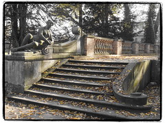 Treppe am Obeliskportal (1elf12) Tags: park stairs treppe sanssouci potsdam lustgarten obeliskportal