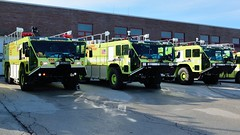 Chicago Fire Department O'Hare Oshkosh Striker 3000 (nick123n) Tags: chicago green 6x6 k truck fire lights purple ohare foam rig huge lime emergency ord 3000 department apparatus oshkosh airfield striker arff surpression