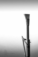 La pantera rosa - Valencia (Miguel Belmonte) Tags: urban blackandwhite bw byn blancoynegro valencia arquitectura minimal urbano less arquitecture lapanterarosa rotondas
