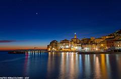 Bogliasco, il borgo (Matteo Nebiacolombo) Tags: liguria rivieradilevante bogliasco notturno genova bluehour orablu notte tramonto sunset riviera rivieraligure