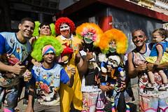 Carnaval_Dinossauros_27.02.17_AFR_6 (AF Rodrigues) Tags: afrodrigues foratemer forapicciani forapezão forapmdb dinossaurosdorock largodosãofrancisco centrodorio carnavalderua blocosdecarnaval carnaval2017 riodejaneiro rio rj foliadeimagens festa brasil br ronaldmcdonald clóvis batebola