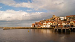 Rainbow panorama (WISEBUYS21) Tags: whitby north yorkshire northeastofengland river esk dracula heartbeat coastal village port scenic picture landscape seascape jetty pier calm still reflective reflections art bluesky coast estuary favourite felling faves great hamlet lighthouse quayside quay rain sony sun wisebuys21 perfect light enelnorestedeinglaterra norte danslenordestdel'angleterre nord imnordostenvonengland norden nelnordestdell'inghilterra inhetnoordenvanengeland noordoosten idennordligedelafengland koillisenglannissa pohjois landskap landskab maisema paysage landschaft paesaggio paisaje campo campagne campagna