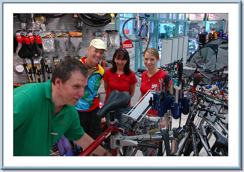 First Serious Mechanical Problem Took us to a Bike Shop in Tallinn
