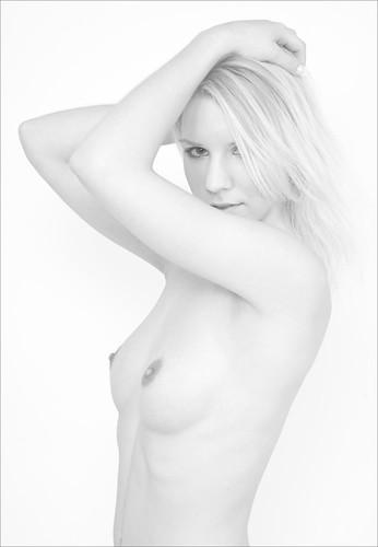Vicky HiLook -- vicky nude akt blond hikey hilook