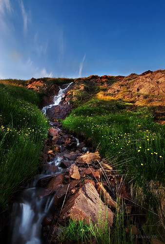 mountain stream by hkvam
