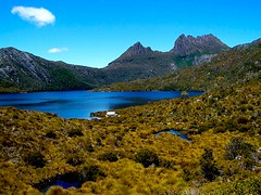 Tasmania *Cradle Mountain* (Earlette) Tags: summer mountain lake color colour landscape ilovenature holidays dove australia tasmania senery cradle dovelake cradlemountain