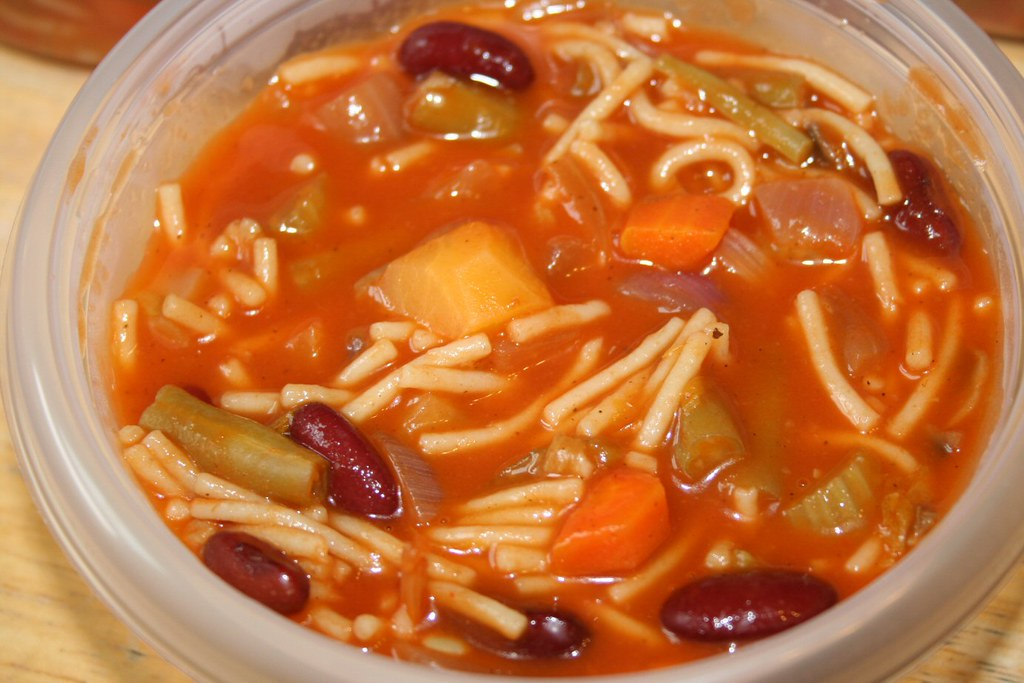 SFL July 20 2006 Ministrone Veg Soup Eating Better