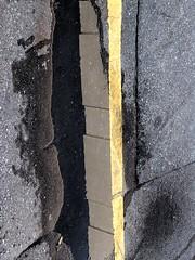 split screen yellow line (zen) Tags: yellow grey downtown asheville asphalt yellowline 10up3 20060718 9000th googleavl
