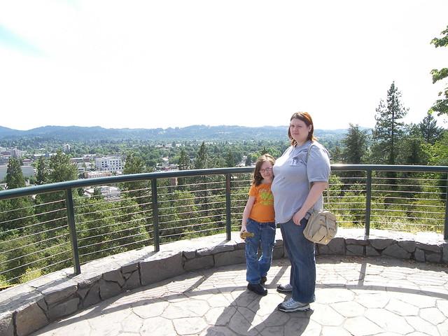 Jen and Elizabeth