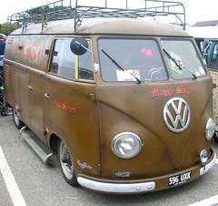 Maggi-Singen (MGSpiller) Tags: show car vw volkswagen shine newquay 2006 van split camper runtothesun hoodride shownshine rtts maggisingen