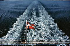 Hurtig 155 (Maharepa) Tags: cruise norway geotagged norge europa europe skandinavien norwegen scandinavia somewhere nord midnightsun hurtigrute coastalexpress hurtigruta schiffsreise mitternachtssonne hurtig midsummersnight geo:lat=70188827 geo:lon=31453857 fcsea