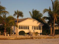 The Perfect Beach House (livinginacity) Tags: trip vacation house building beach architecture buildings seaside arquitectura florida cottage canadian resort 建築 architettura 加拿大 建築物 架构 建築師 建設 建筑物 arkitect 建设 arkitekture 架構 arkitecten 建筑师
