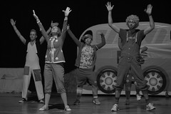 16314 - La tentazione di Lucignolo (Diego Rosato) Tags: pinocchio teatro theater spettacolo show nikon d700 85mm rawtherapee bianconero blackwhite lucignolo tentazioni temptations canzone song musical ballo dance