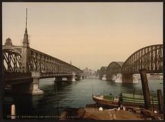 Les deux ponts sur la Meuse à Rotterdam, Pays-Bas en 1890. (Static Phil) Tags: rotterdam histoire paysbas 1890 ponts meuse