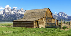 John Moulton Barn, Mormon Row at Grand Teton National Park, Wyoming (D200-PAUL) Tags: barn nationalpark wyoming tetons grandteton grandtetonnationalpark thetetons historicbarn moultonbarn johnmoultonbarn paulfernandez