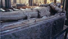 Salisbury Cathedral Effigy (RockN) Tags: england unitedkingdom knight salisbury salisburycathedral effigy restinpeace