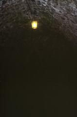 Elbsandsteingebirge (172) Burg Stolpen (Rüdiger Stehn) Tags: burgstolpen burg festung mittelalter bauwerk profanbau sachsen mitteldeutschland deutschland germany landkreissächsischeschweizosterzgebirge dia diapositivfilm slide analogfilm analog kbfilm kleinbild scan canoscan8800f mitteleuropa 2000s 2000er 2000 museum stolpen schloss 35mm indoor canoneos500n innenaufnahme gebäude rüdigerstehn innenansicht innenraum interior