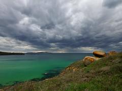 Cuando el silencio me llama............. (T.I.T.A.) Tags: sky mar cielo nubes tormenta nwn marverde alanzada lalanzada carmensollafotografa carmensollaimgenes