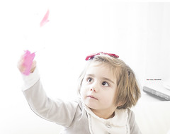 Karle (Jabi Artaraz) Tags: portrait retrato niña zb nena juego karle euskoflickr jartaraz