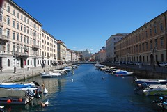 Trieste - Looking Down the Canal Grande Towards the Chiese Cattoliche Parrochiale S. Antonio Taumaturgo (antonychammond) Tags: trieste canalgrande chiesecattolicheparrochialesantoniotaumaturgo adriatic gulfoftrieste friuliveneziagiuliaandtriesteprovince habsburgmonarchy italy austrohungarianempire anticando hccity contactgroups worldwidelandscapes