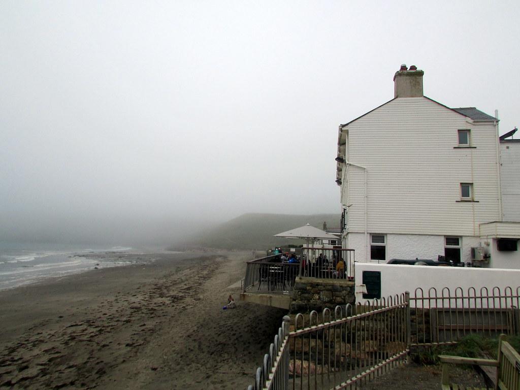 Gwesty ty Newydd on Aberdaron Beach