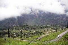Ascending Rohtang Pass (Niall Corbet) Tags: india himachalpradesh himalaya himalayas manali rohtang rohtangla rohtangpass cycle bicyle bike tour touring expedition manalitoleyhighway switchback
