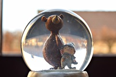Together... (Maria Godfrida) Tags: bear figurine littlestatue globe glass glassglobe closeup together friendship snow snowglobe animals