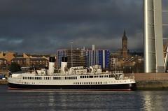 TS Queen Mary (3/365) (werewegian) Tags: 365the2017edition 3652017 day3365 3jan17 glasgow tower university queenmary ship jan17 werewegian riverclyde