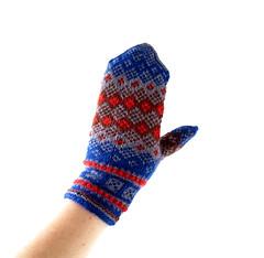 1950s-1960s Norwegian wool mittens (Small Earth Vintage) Tags: smallearthvintage vintagemittens vintagegloves accessories norwegianmittens handknitmittens woolmittens scandinavian nordic