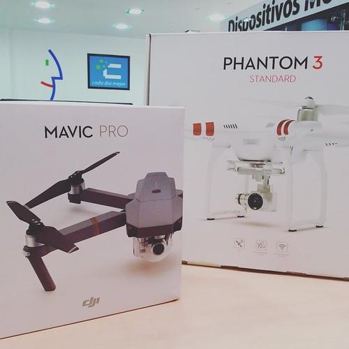 Adquiere en @compudemano drone DJI Phantom 3 Standard o DJI Mavic Pro. Ideales para comenzar a disfrutar la emoción de volar de forma fácil y divertida #cadadiamejor. Visita nuestra tienda o llámanos Bogotá: (1) 381 9922 - Medellín: (4) 204 0707 - Cali (2