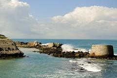 Am Strand von Tarifa - Andalusien 2010 (marionkaminski) Tags: strand sand wasser meer ocean spanien espana wellen brandung spain andalusien