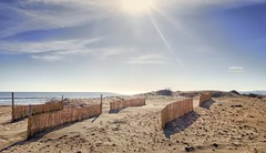 (129/17) El resplandor (Pablo Arias) Tags: pabloarias photoshop nxd cielo nubes españa cañas arena playa agua mar mediterráneo lamanga matasgordas murcia comunidadmurciana