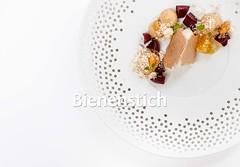Bienenstich mit Sauternes von Thomas Barton: Nicht nur ein Süßwein... (berlinerspeisemeisterei) Tags: bienenstich champagner dessert honig pommery rezept sauternes vranken